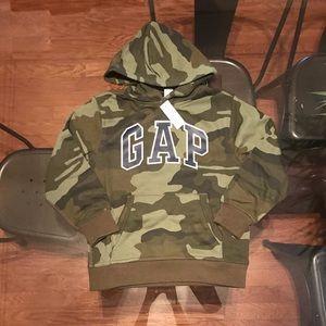 Gap Kids boy's hoodie size M